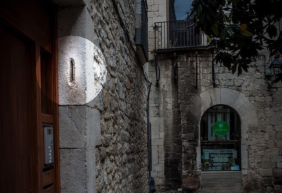 Girona mezouzah
