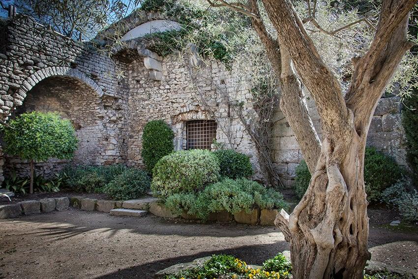 Girona Gironella tour