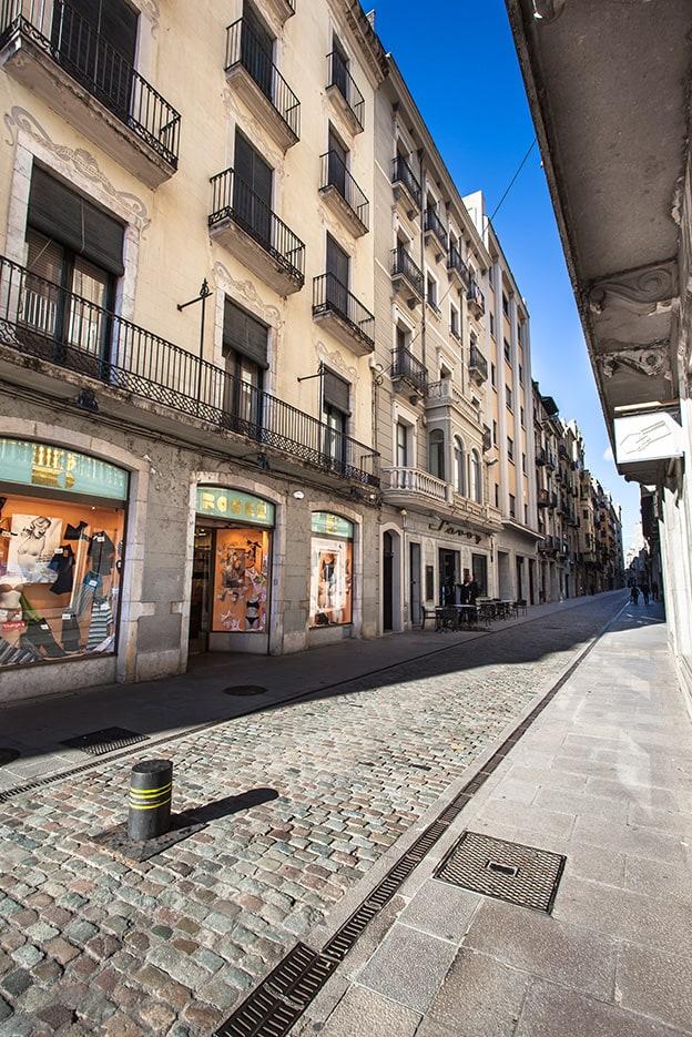 Gérone Rue Nou